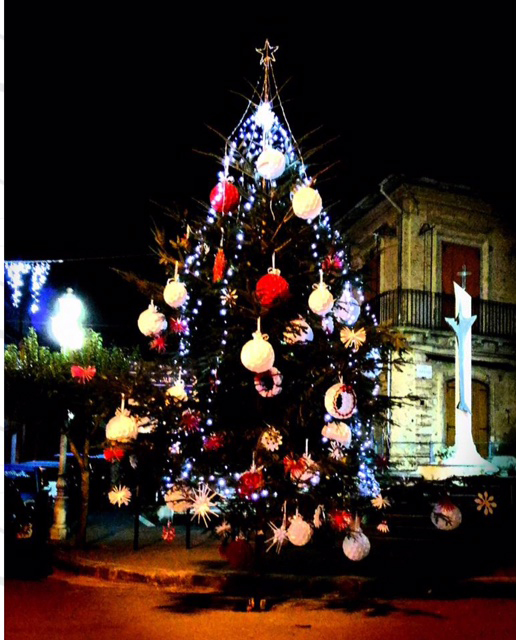 albero-natale-piazza-2016