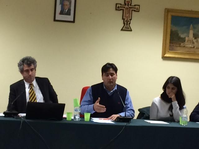 Da sx Giuseppe Ruffa(presidente consiglio) Onofrio Maragò (Sindaco) e Maria Elisa Marcello (vicesindaco)