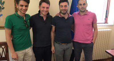 (Da destra verso sinistra: il vicesindaco Carmelo Di Si ed esponenti di Università Futura)